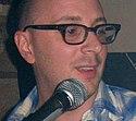 Steve Burns adalah pembawa acara pertama Blue's Clues.