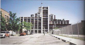 Stewart-Warner - Vacant Stewart-Warner headquarters building in Chicago 1990
