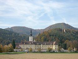 Rein Abbey in October 2006
