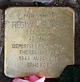 Stolperstein Hohenzollerndamm 4 (Wilmd) Regina Neufeld.jpg