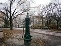 Straßenbrunnen 16 Prenzlauer Berg Helmholtzplatz (17).jpg