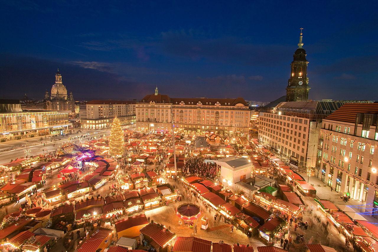 Pasar Natal khas Jerman di Dresden