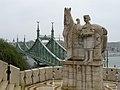 Szent István király szobra a Gellért-hegy tövében.jpg