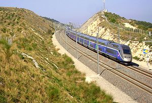 Roger Tallon - A TGV double-decker train on the LGV Méditerranée near Avignon