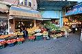 Tabríz, prodejna zeleniny - panoramio.jpg