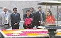 The Prime Minister of the Kingdom of Cambodia, Mr. Samdech Akka Moha Sena Padei Techo Hun Sen paying floral tributes at the Samadhi of Mahatma Gandhi, at Rajghat, in Delhi on January 27, 2018.jpg
