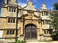 The Stanway House gatehouse.jpg