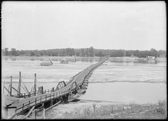Dardanelle, Arkansas - The former (1891-1929) pontoon bridge between Dardanelle and Russellville was the longest in the U.S. at over 2,200 feet