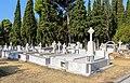 Thessaloniki Cemetery 12.jpg