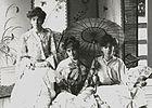 Three-women-going-to-the-opera-r.jpg