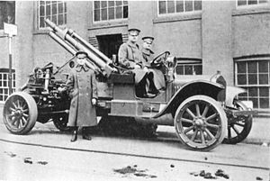 75 mm Gun M1916 - US 75mm Gun M1916 AA on White 2.5-ton Truck Mount
