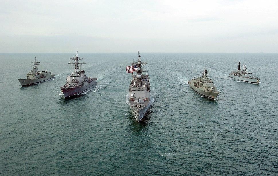 US Aust UK warships Dec 02