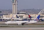 United Airlines - N77431 (8501824657).jpg