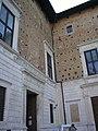 Urbino, palazzo ducale, facciata piazzale duca federico 02.jpg