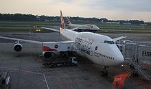 VH-OEF Boeing 747-438-ER (cn 32910-1313) Qantas (Oneworld) (14231890201).jpg