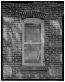 VIEW TO WEST. WINDOW DETAIL. - Lila Farm, House, E808 State Highway 54, Plover, Portage County, WI HABS WIS,49-PLOV.V,1A-7.tif