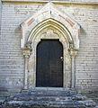 Varnhems klosterkyrka nordportal 04.jpg