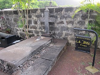 Olivier Levasseur - Gravestone traditionally attributed to La Buse (Olivier Levasseur) in Saint-Paul, Réunion
