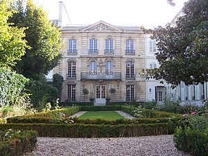 Musée Lambinet - The musée Lambinet and its garden