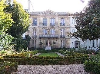 Musée Lambinet - The Musée Lambinet and its garden