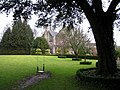 View across the lawn - Barnsley House - geograph.org.uk - 1122781.jpg