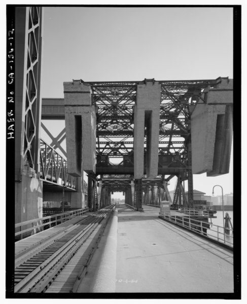 File:View Of Closed Bridge Looking South Towards Terminal