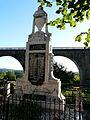 Vignols monument aux morts.jpg