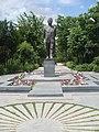 Viktor Hambardzumyan statue, Yerevan 04.jpg