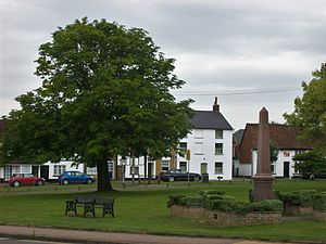 Toddington, Bedfordshire - Image: Village green, Toddington