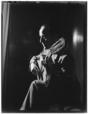 Vincente Gomez - Gómez in 1946