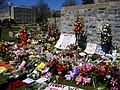 Virginia Tech massacre memorial flowers.jpg