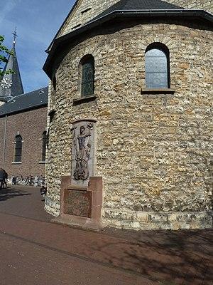 Voerendaal - Image: Voerendaal Verzetsmonument bij de kerk (2)