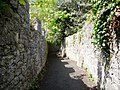 Walled footpath, Ruthin - geograph.org.uk - 1860818.jpg