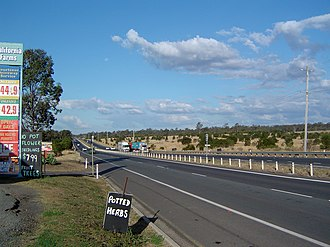 Warrego Highway - Image: Warrego Highway Haigslea