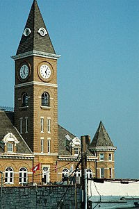 Washington County Arkansas Courthouse.jpg