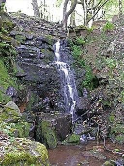 Waterfall on stream above Roddlesworth reservoir - geograph.org.uk - 1297114