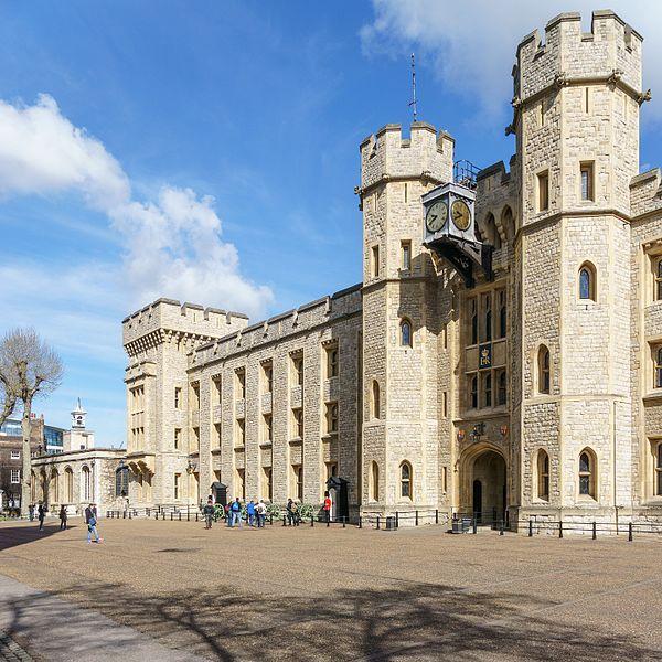 File:Waterloo Block, Tower of London 2016-04-30a.jpg