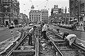 Werkzaamheden aan de trambaan op het Leidseplein, Bestanddeelnr 931-1673.jpg