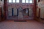 Wismar, St. Georgen, diverse Grabplatten.JPG