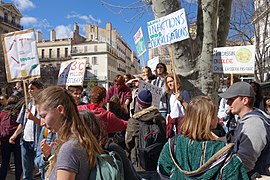 Youth for Climate Marseille 15 mars 2019 place Félix Baret.jpg