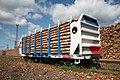 Вагон-платформа для перевозки лесоматериалов грузоподъемностью до 74 тонн с погрузочной длиной до 13 метров.jpg