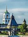 Власьевская башня и Колокольня Троицкого собора. г. Псков.jpg