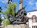 Пам'ятник Щорсу біля будівлі РБК - детально.jpg
