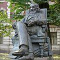 Памятник Д.И. Менделееву.jpg