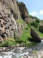 Արփա գետը Ջերմուկում.jpg