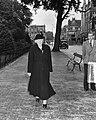 100 jarige Mevrouw Weduwe Lammers Den Haag, Bestanddeelnr 905-3202.jpg
