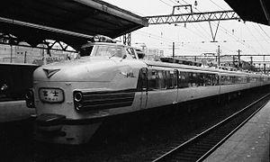 Fuji (train) - A 151 series EMU on a Fuji service