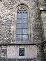 184 Sant Martí de la Muralla, finestral i cenotafi dels escultors Brokoff.jpg