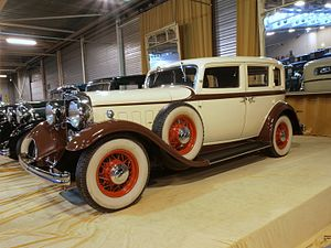 Lincoln Motor Company - 1932 Lincoln Model K Series 507 sedan