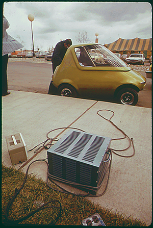 General Motors Urban Electric Car gets a batte...